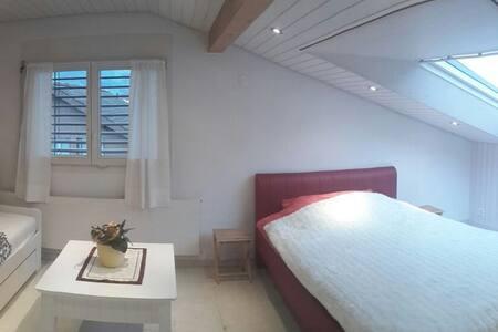 schönes Gästezimmer am Sarnersee - Całe piętro