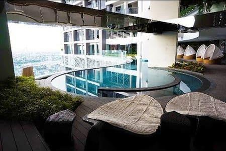1br Gramercy, Bright, Manila Bay View, Tallest bld - Makati - Apartment