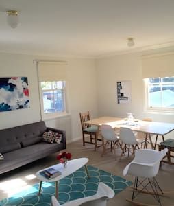 SPRING BY THE SEA - PORT FAIRY - Wohnung