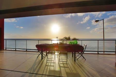 Villa Camacho V - On The Beach - Paul Do Mar - Maison