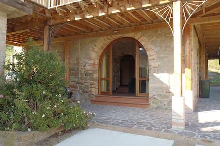 Italian villa in rural ambiance - Villa