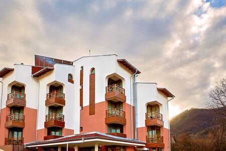 Guest House Lakata - Zasele - Casa de huéspedes