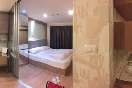 Studio Near Mega Bangna + Airport - Apartment