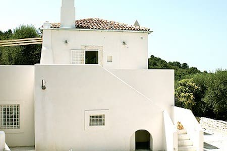 S.VALENTINO: A PEACEFUL OASIS IN THE APULIA 4PAX - House