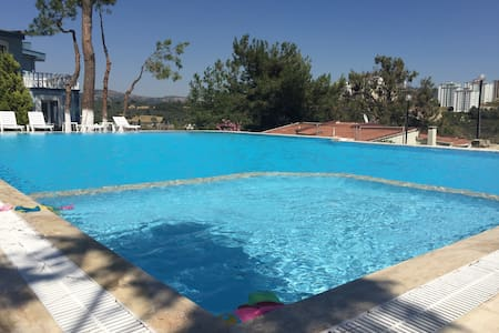 Family Friendly Villa (New Listing) - Kusadasi - Villa