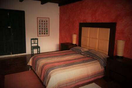 Casita Hacienda en la Quinta San Martín. - House