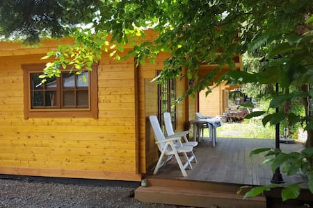 Comfortable and cheap chalets on campingplace - Chalet