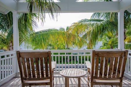 Coral Lagoon Resort #16 w/ Dock - Маратон - Вилла