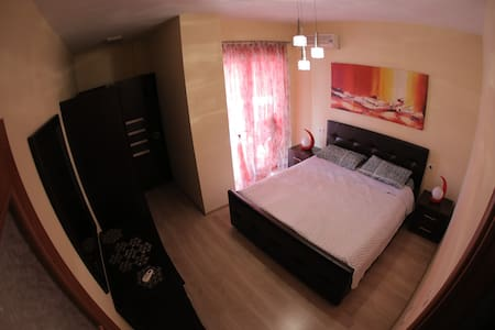 A comfortable and tastefully furnished apartment! - Lejlighed