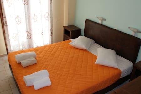 Double bedroom Apartment - Nikiana