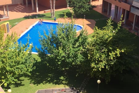 Habitacion en Ático luminoso en Valencia - València - Wohnung