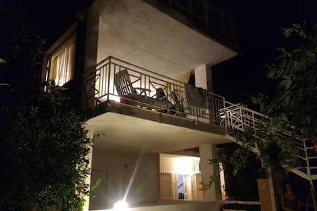 Amorevole villa sul Mar Tirreno - Villa