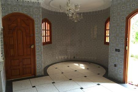 sidi bouzid beach house - Villa
