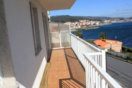 Modern and new flat with relaxing sea sightseeing - Huoneisto