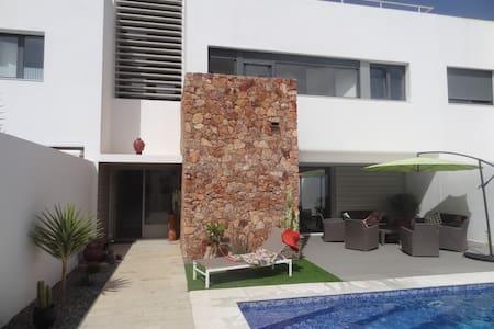 Villa moderne + piscine 500m plage - Las Negras - Hus