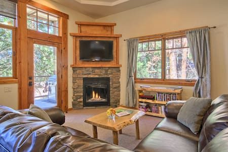 Comfy King Suite Really in Yosemite - YOSEMITE NATIONAL PARK - Apartment