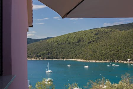 2BDR app 100m from the sea - Rabac - Apartment