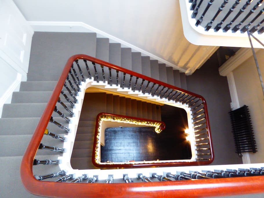 Main Sweeping stair case