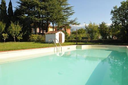 Villa Magnolia Luxury Tuscan Villa with pool - Villafranca in Lunigiana - Villa