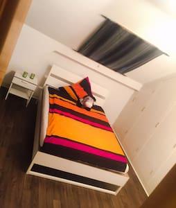 Zentrumsnahe Wohnung - Hamburgo - Apartamento