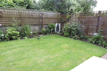Light and Spacious Double Room - Bournemouth - House