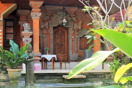 Lilacita Inn Ubud - Ubud - Bed & Breakfast