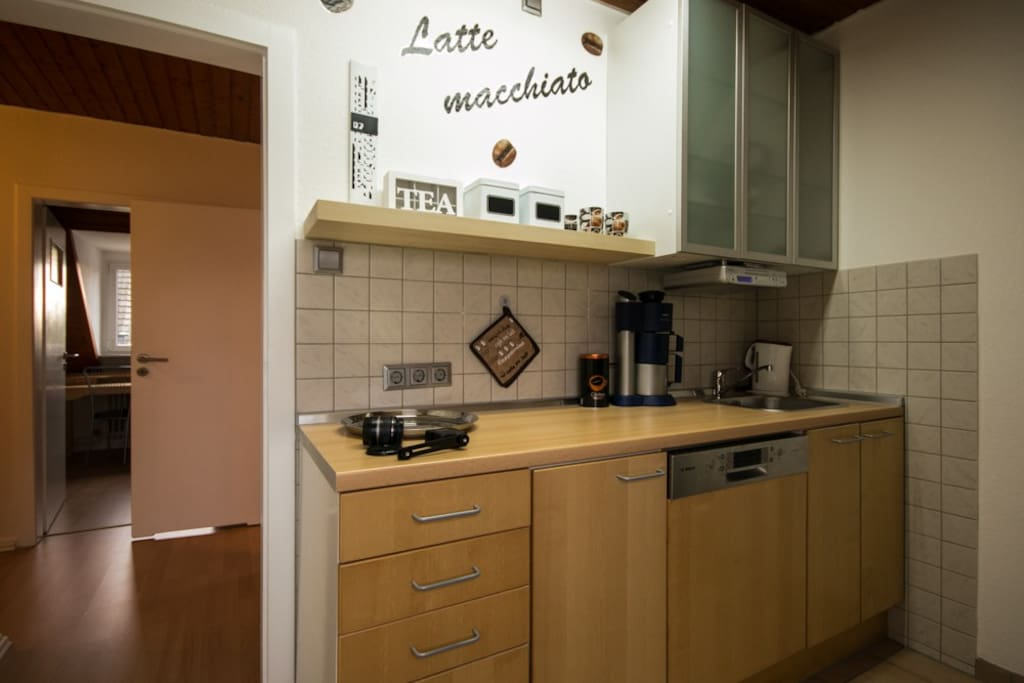 Küche (incl. Spülmaschine)