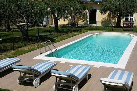 VILLA FORTE with private swimming pool up to 8 - Capanne-Prato-Cinquale