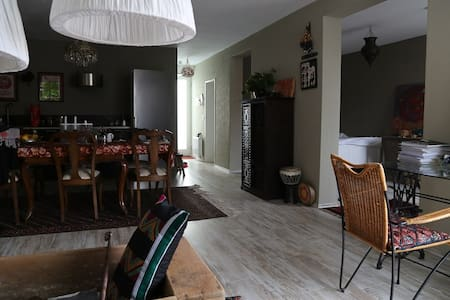 Sunny quiet apartment in lovely harbour area - Bremen - Apartamento