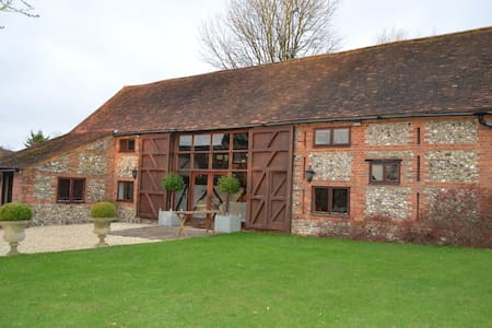 Barn conversion, Henley-on-Thames - Casa