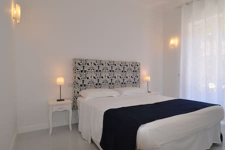 La Ginestra - Master Bedroom - Apartment