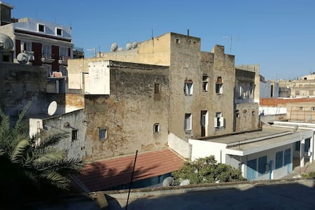 A well-managed private room in the centre of Tunis - Tunis - Apartment