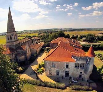 Château de Charmant, proche Cognac et Bordeaux - Castle