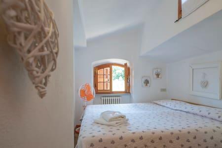 Casa White 2 - Casciana Terme Lari - Bed & Breakfast