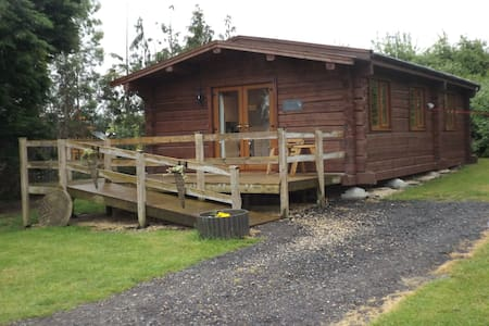 Foxglove Lodge at Avonvale Holiday Lodges - Worcestershire