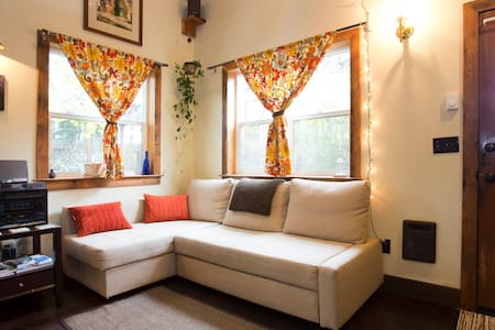 Modern Craftsman Cabin Retreat