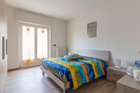 Ruhig Ferienwohnung in Marniga von Brenzone - Brenzone sul Garda - House