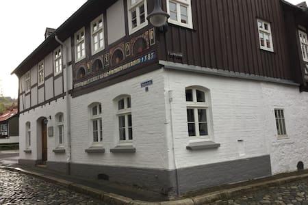 Im 440Jahre alten Haus Gemütlichkei - Lejlighedskompleks