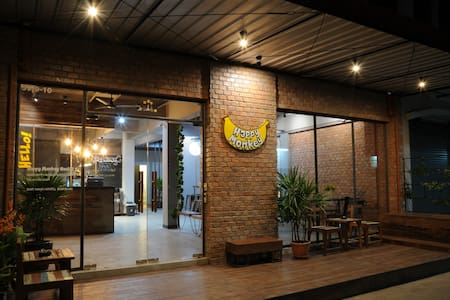 HAPPY MONKEY HOSTEL BANGKOK - Bangkok - Bed & Breakfast