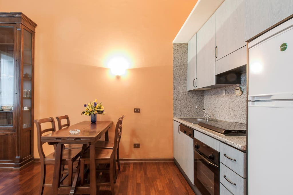 soggiorno e cucina a vista