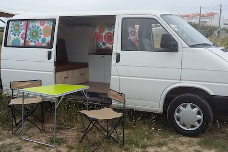 "Discover the Beauty of Portugal with ""Catarina"" - Camping-car/caravane"