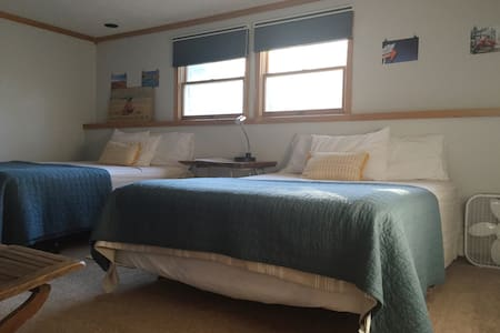 Sauna, Bikes and 2 Comfy Beds - Close to downtown - 트래버스 시티(Traverse City) - 단독주택