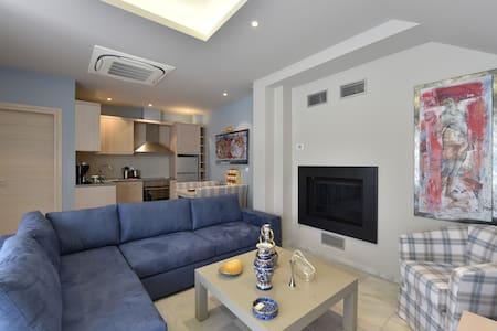 Cretan Suite for Sweet Families - Gerakari
