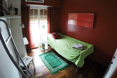Habitación en Palermo Soho c/balcón - Casa