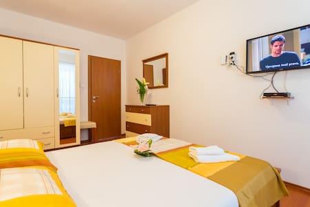 Apartment with Sea view - Slavica 7 - Pomena - Wohnung