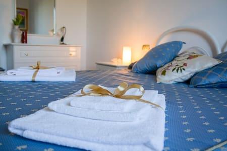 B&B IL Vigneto Tuscania (celeste) - Tuscania - Bed & Breakfast