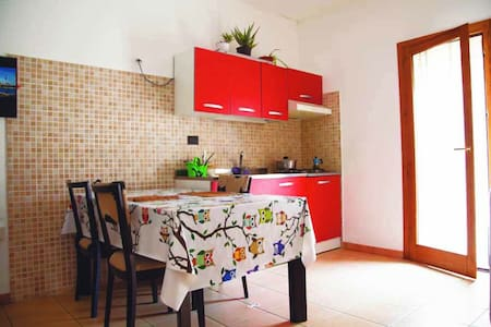 bright one bedroom apartment - Bagheria