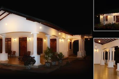 Nuwans Villa Guesthouse Mihintale - Mihintale