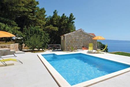 Holiday home Angela - Podstrana - Villa