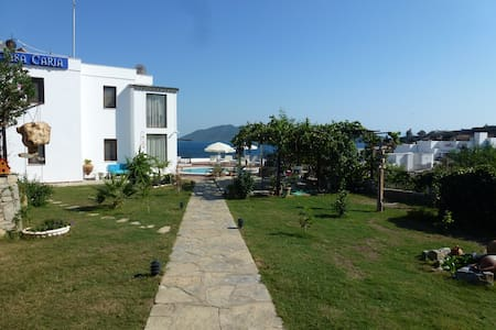 Well located, amazing view - Bodrum - Bed & Breakfast